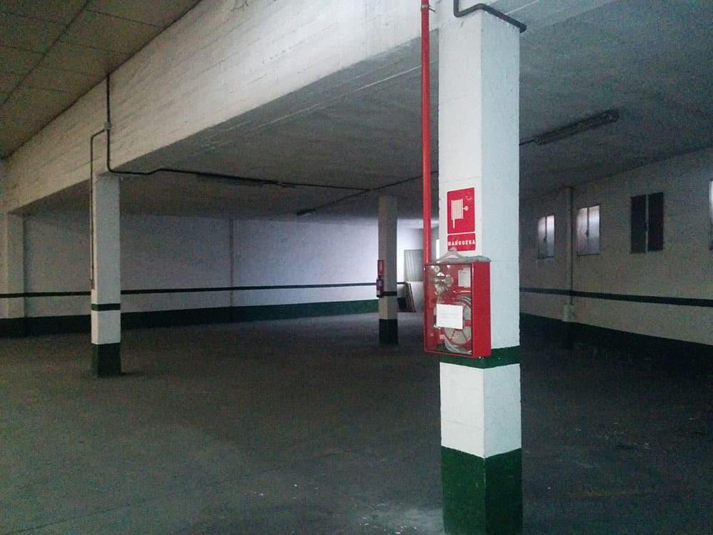 Garaje Industrial en Calle Guabairo
