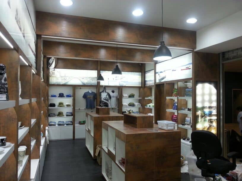 Llave en mano para ejecución de tienda de regalos del Centro de Visitantes ubicado en Exclusa de Miraflores