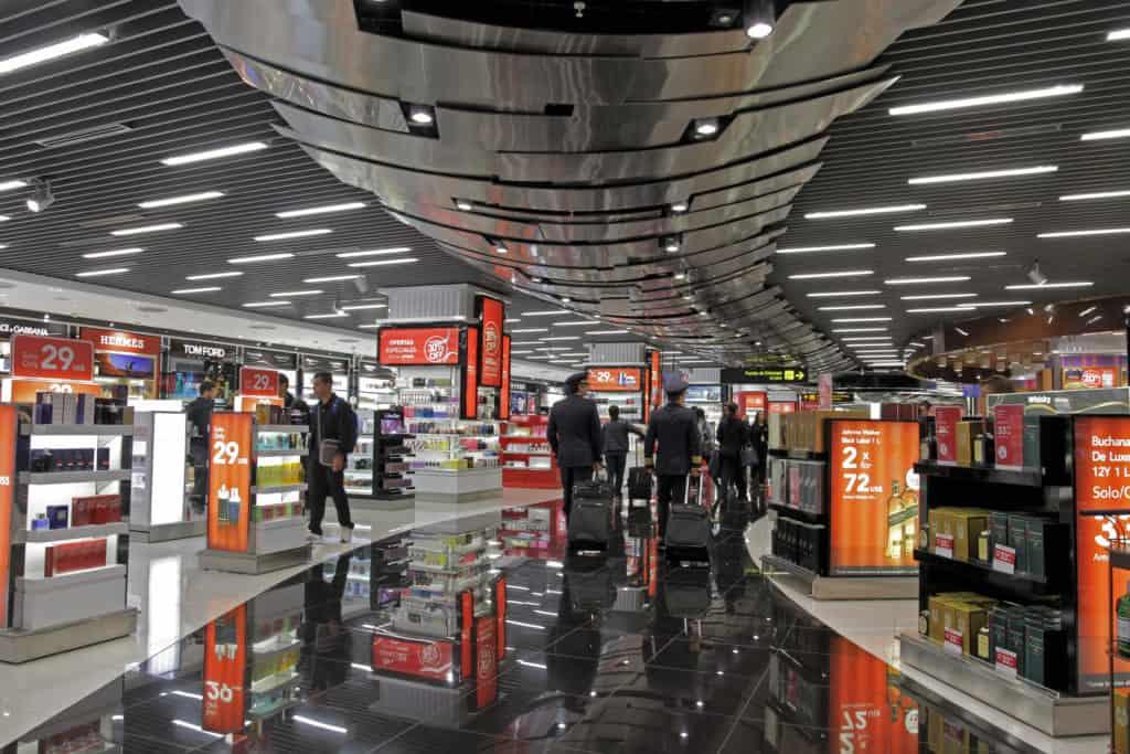 Project Management en tiendas del aeropuerto de Lima, Perú