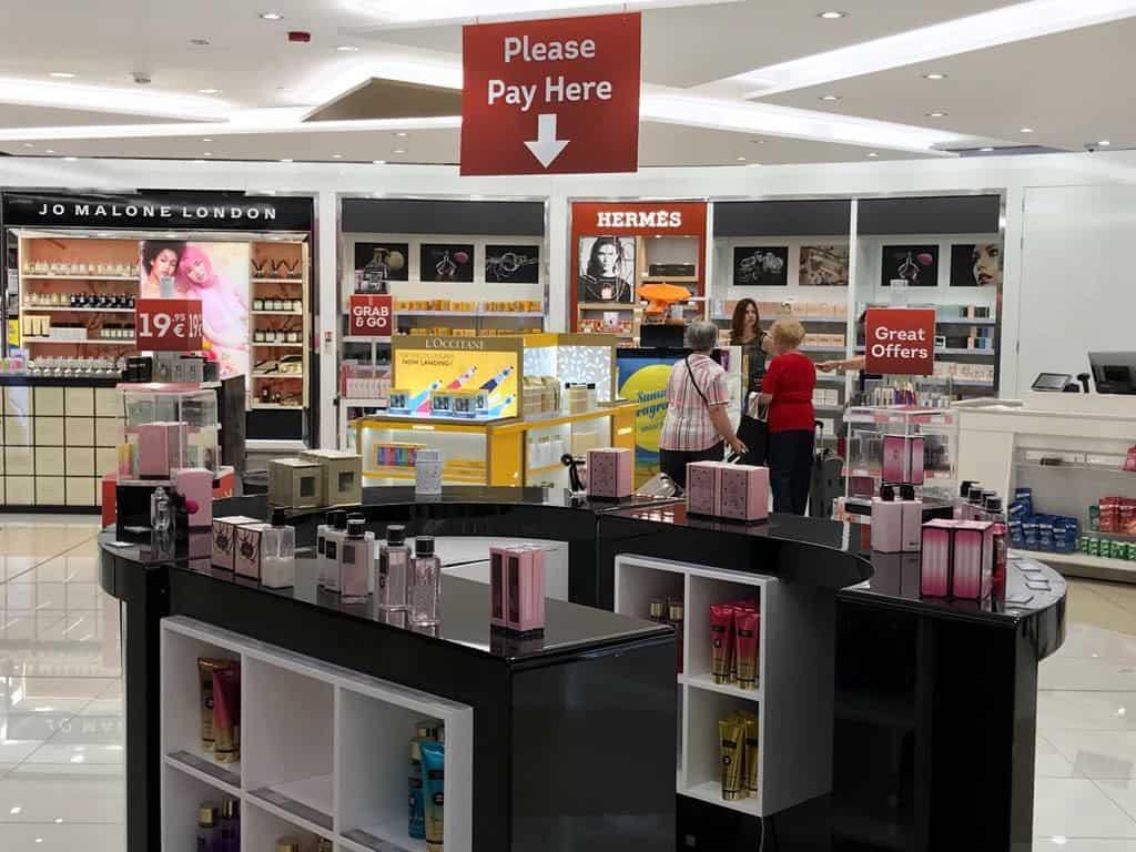Project management para implantación de tiendas en el aeropuerto de Luqa, Malta